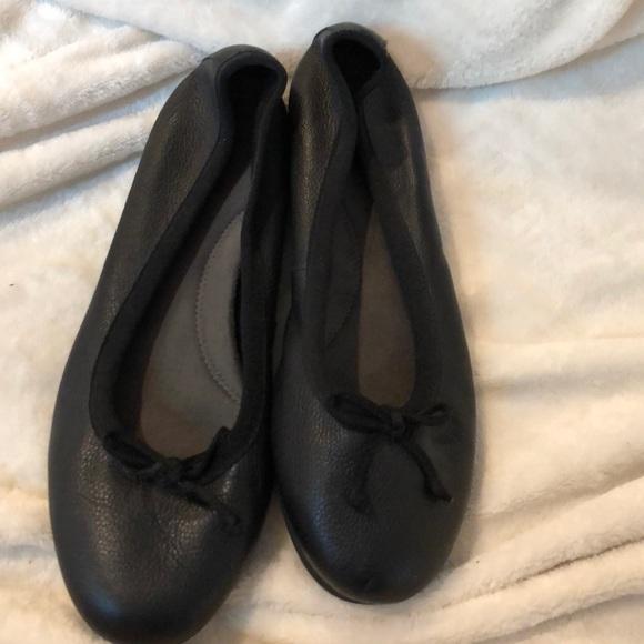 AEROSOLES Shoes | Slip Resistant Flats
